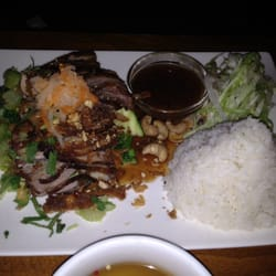 Duck with sesame-honey sauce