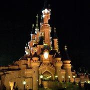 Le château de la Belle au bois dormant.