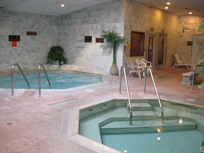 Lawrence health spa 14 photos massage 3545 el camino for Academy salon santa clara