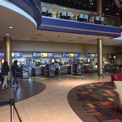 Showcase cinema foxboro movie times