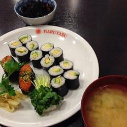 Miso Suppe, Avocado Makis und Kimchi,…