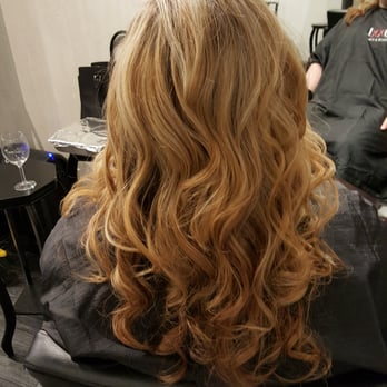 Andrea jordan salon addison hair stylists addison for 2 blond salon reviews