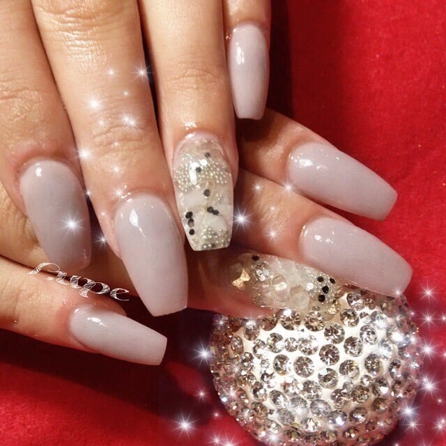 Acrylic Nails in Ballerina