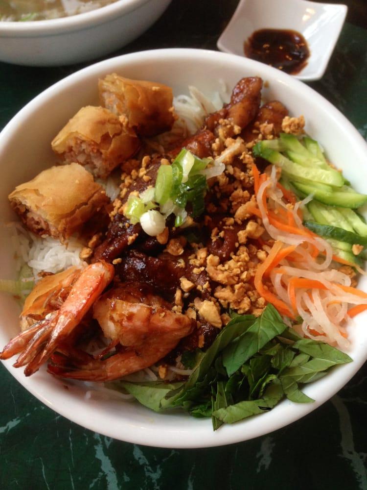 Thuan loi 30 foto cucina vietnamita south yarmouth for Cucina vietnamita
