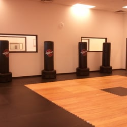 Lee's ATA Martial Arts - Tempe, AZ, États-Unis. Wave Masters are used frequently during training