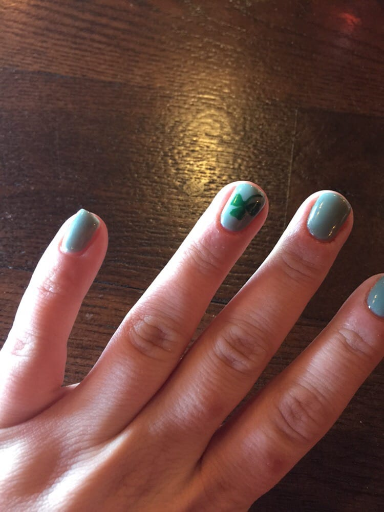 Queen nails nail salons fort wayne in yelp for A nail salon fort wayne in
