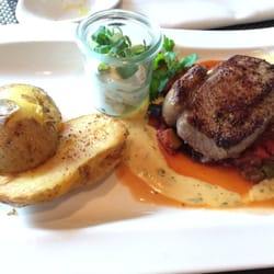 Steak, Backkartoffel und Ratatouille!