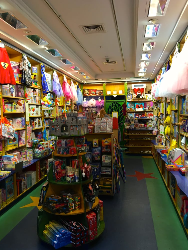 York new toy store adult in