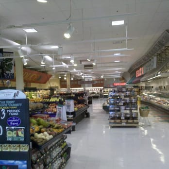 Harris teeter closed supermarkets homestead market for Fish market greensboro nc