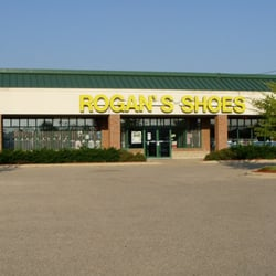 Appleton East Location - Appleton, WI | Rogan's Shoes