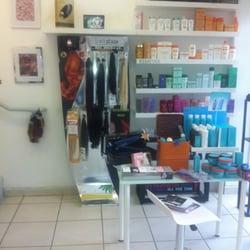 Backstage paris hair salon spa hair extensions sunny for Salon spa paris
