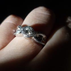 Charlottes Fine Jewelry logo