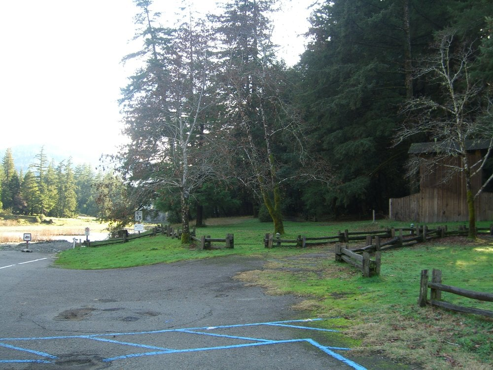Garberville (CA) United States  City new picture : Richardson Grove State Park Garberville, CA, United States