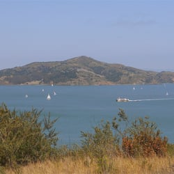 Angel Island State Park - Tiburon, CA, États-Unis. View of Angel Island from Fort Baker
