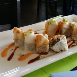 Blue fish sushi bar asian cuisine 68 photos sushi for Blue fish sushi