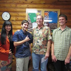 Ho'ike Kauai Community Television - Lihue, HI, États-Unis. Rami, Justin Kollar, J and Kainoa at Ho'ike Studios.