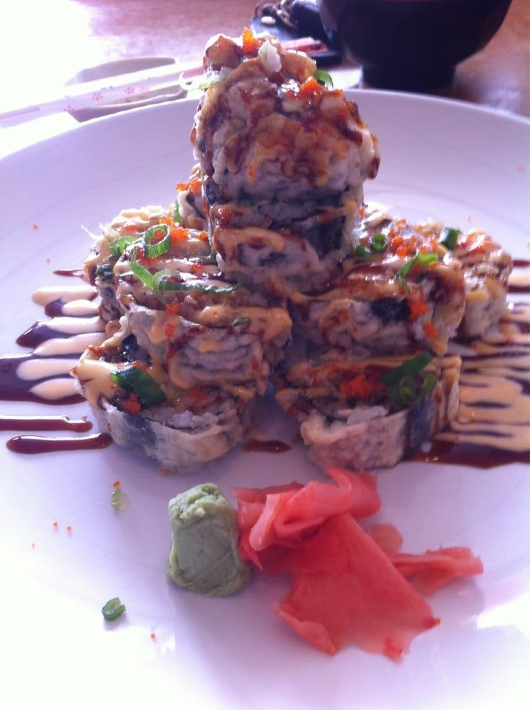 New kimono sushi bar japanese chinese restaurant for Asia sushi bar and asian cuisine mashpee