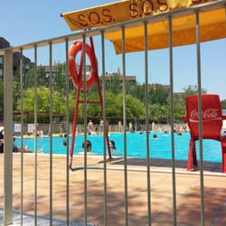 Piscina pe uelas piscinas madrid yelp for Piscina complutense madrid