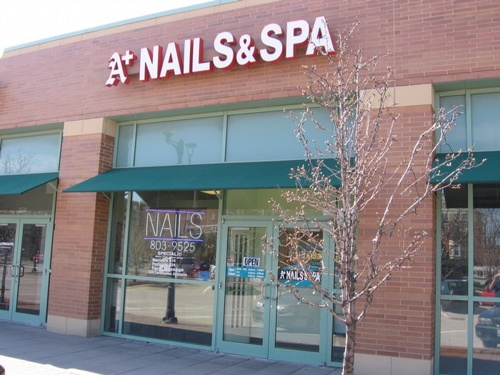 a plus salon nails spa st ngt nagelsalonger 1529