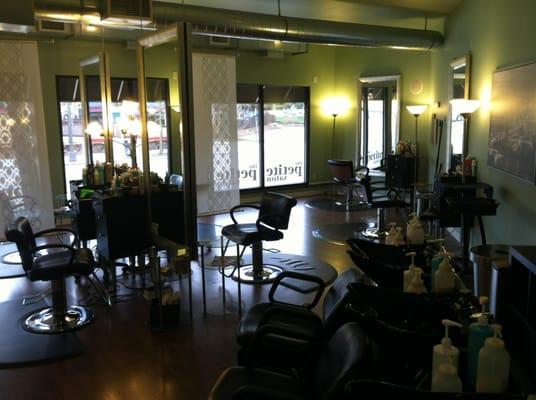 The petite salon west seventh st paul mn united for 7th street salon