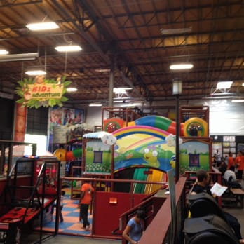 Elevated sportz indoor trampoline fun center venues for Indoor fun for kids near me