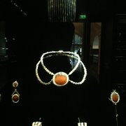 My lost jewelry set from a previous life