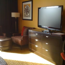 tulalip casino deluxe king room