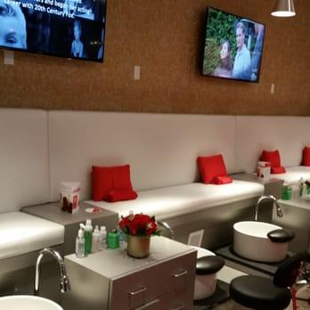 Marilyn monroe spas nail lounge 20 photos hair salons for 20 lounge nail salon