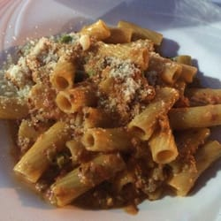 Torino Restaurants - Rigatoni torino, I asked to make it spicy, yum! - Metuchen, NJ, Vereinigte Staaten