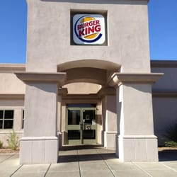 The Burger King restaurant in Tucson, AZ serves burgers, breakfast, lunch and dinner prepared your way. The original HOME OF THE WHOPPER, our commitment to quality ingredients, signature recipes, iconic sandwiches like the flame-grilled WHOPPER Sandwich and fast, family-friendly dining experiences in a welcoming environment is what has defined Category: Fast Food Restaurants,Restaurants.