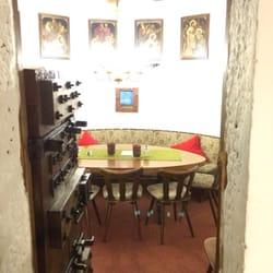Eines der vielen Schlosszimmer des Cafés