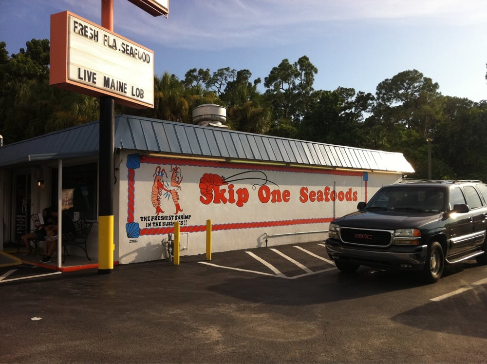 Skip one seafood market and restaurant seafood markets for Florida fish market