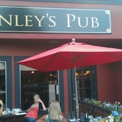 Finley's Pub logo