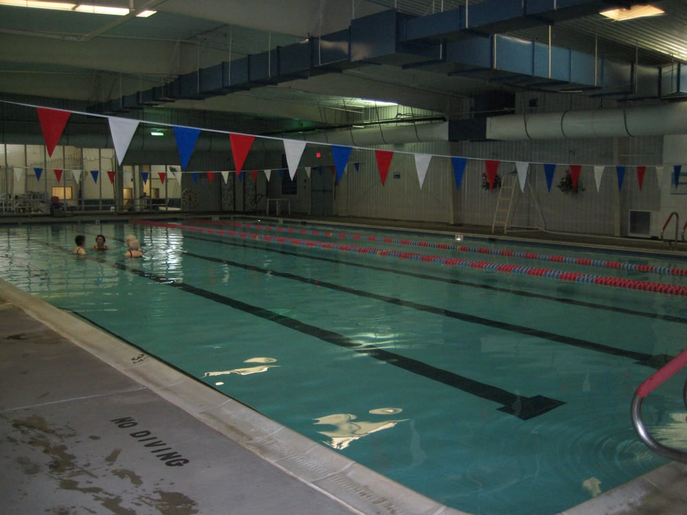 Indoor 25 meter pool yelp - Spring hill recreation center swimming pool ...