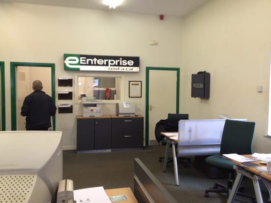 Enterprise rental car near me phone number 10