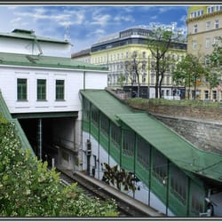 U-Bahnstation Burggasse, Stadthalle Wien