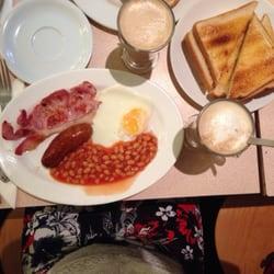Small breakfast + latte