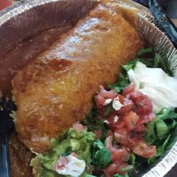 Costa Vida- Meridian - Meridian, ID, États-Unis. Sweet pork burrito smothered