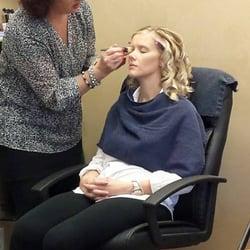 Salon deja vu on a hair salons 4003 a street lincoln for Salon de ja