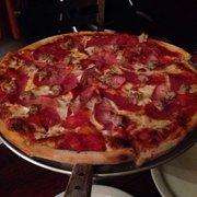 Napoli - #2 Meat Pizza (medium) - San Rafael, CA, Vereinigte Staaten