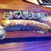 Sushi King - Tropical Roll and California Roll - East Windsor, NJ, Vereinigte Staaten