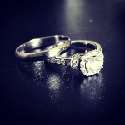 Jared the galleria of jewelry jewelry vienna va yelp for Pandora jewelry tysons corner