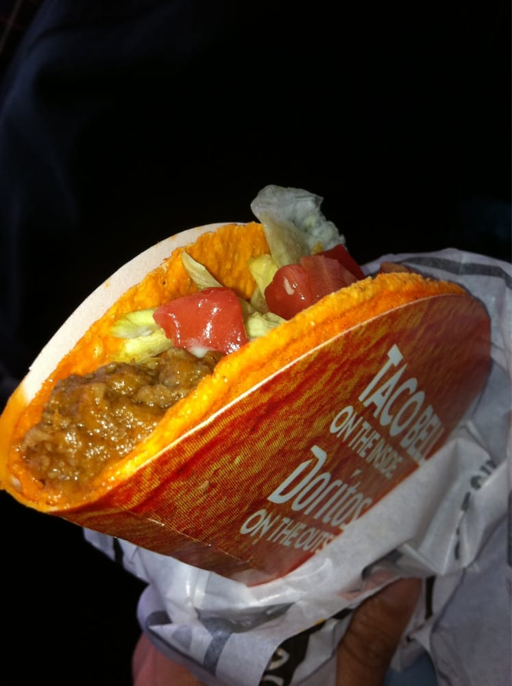 Germantown (WI) United States  city pictures gallery : Taco Bell Germantown, WI, United States. Doritos Locos Tacos