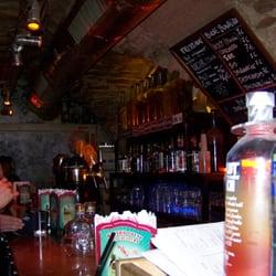 Le Cavern Club, Paris
