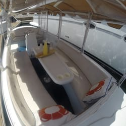 Wayward Captain Watersports - Interior photo of our 8 Passenger Duffy Boat. Only $60/Hour! - Newport Beach, CA, Vereinigte Staaten