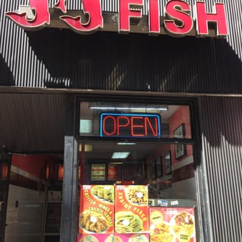 Jj fish chicken 11 photos seafood the loop for Jj fish chicago il