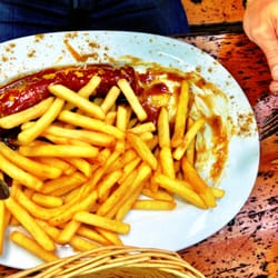 "The typical ""curry wurst"""