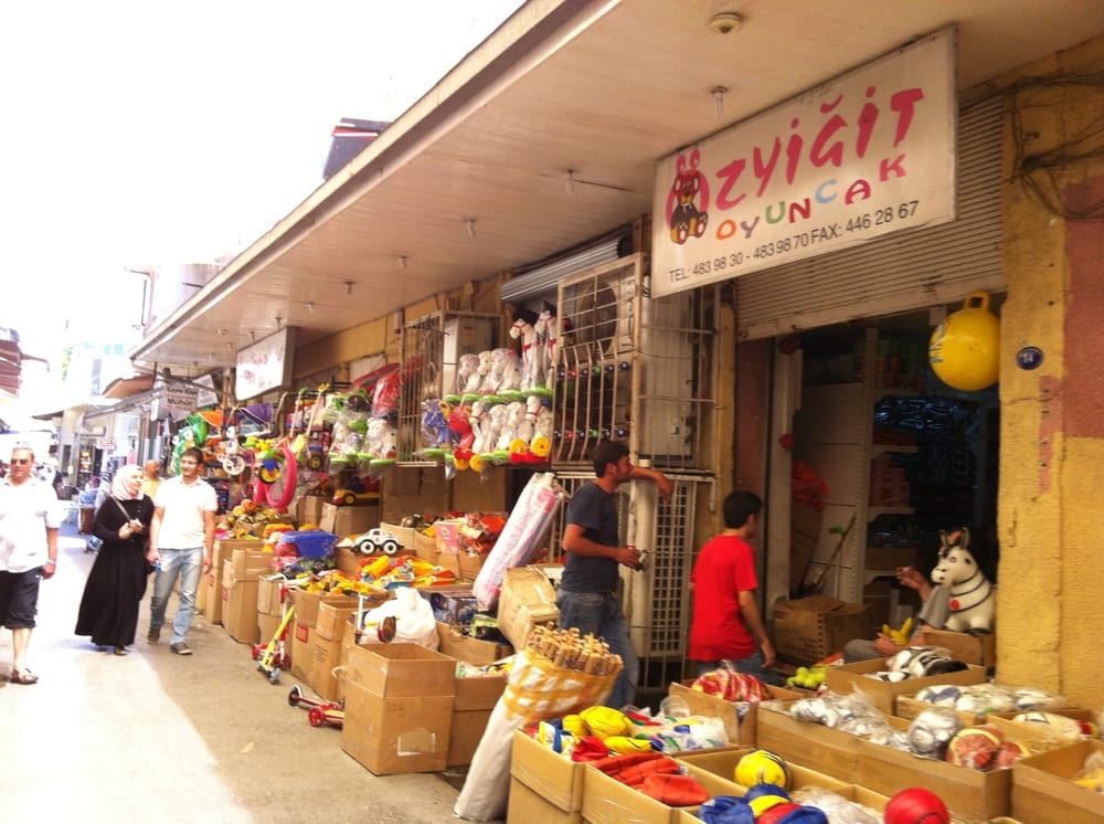 �zyigit Oyuncak - Toy Stores - Fatih Mah. Ege Cad. - Izmir, Turkey ...