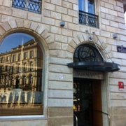 Hôtel de Normandie - Bordeaux, France. 3 étoiles