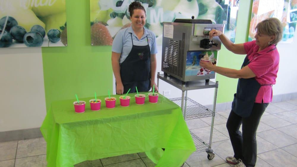 frozen yogurt machine rental seattle
